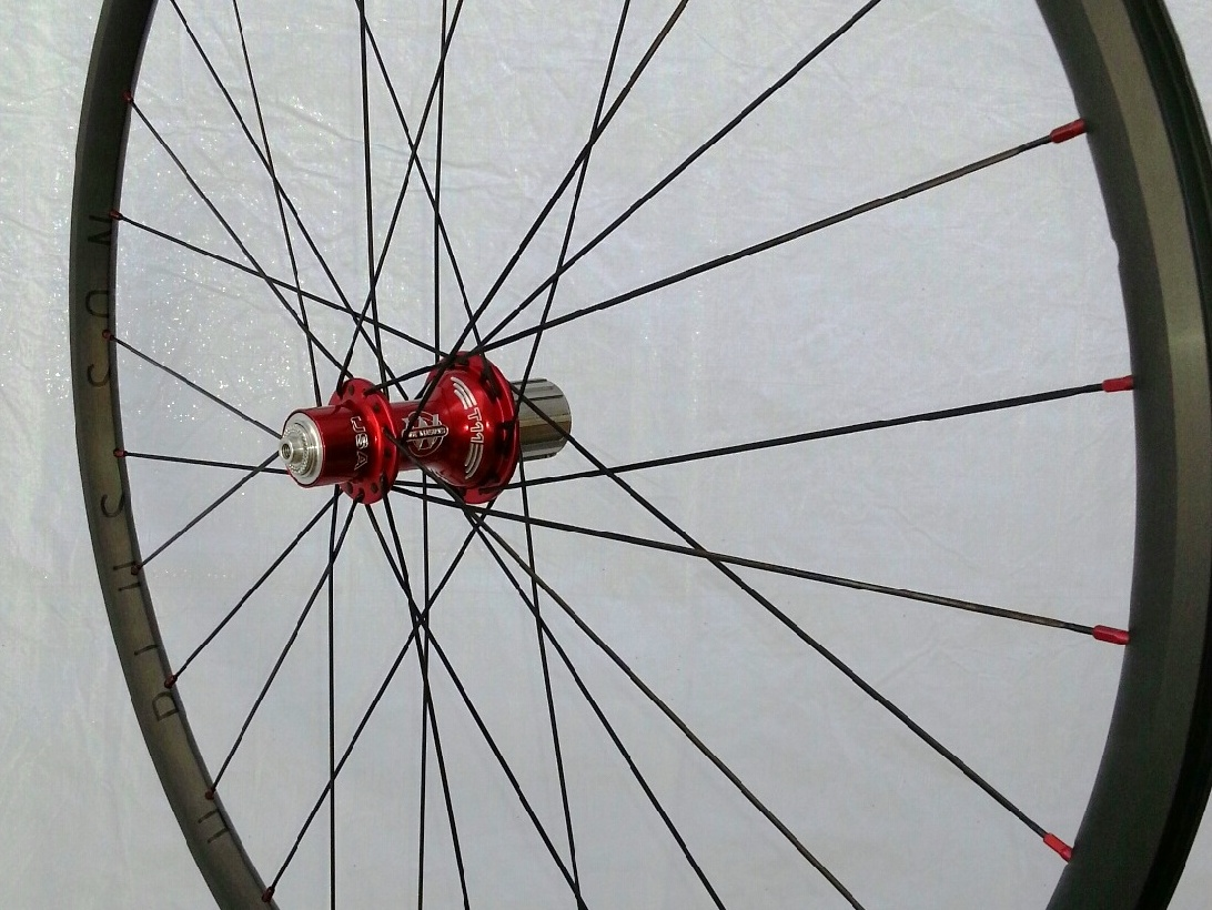 White Industries T11 hubs in red on H Plus Son Hard Anodized rims