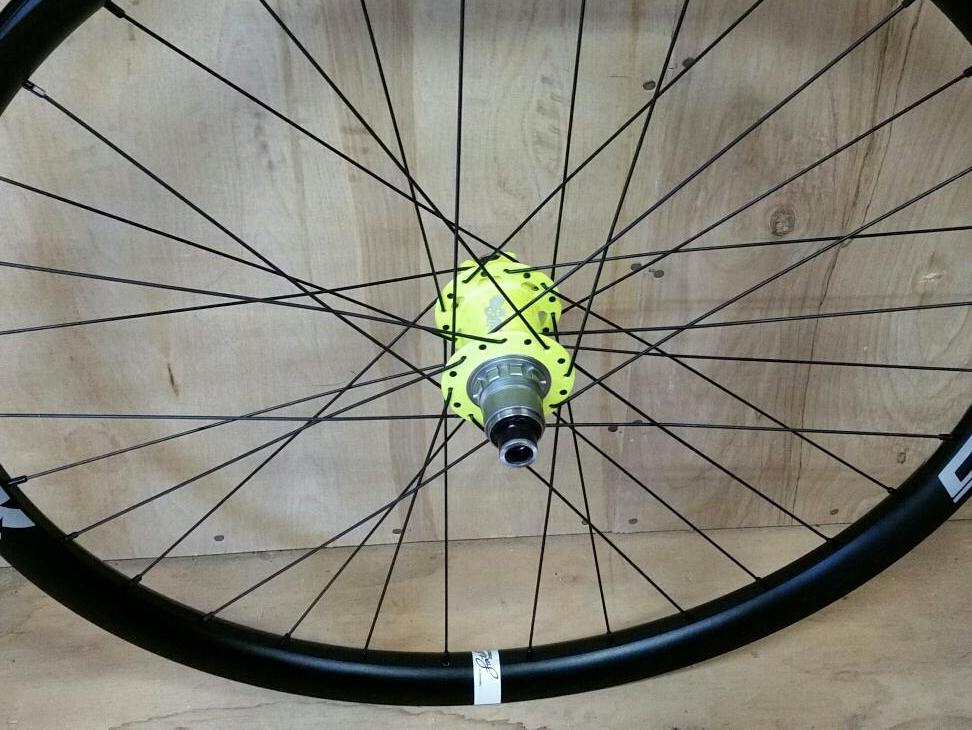 Onyx hubs in flo yellow on Spank Oobah rims